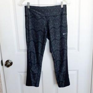 Nike Dri Fit Crop capri Legging small
